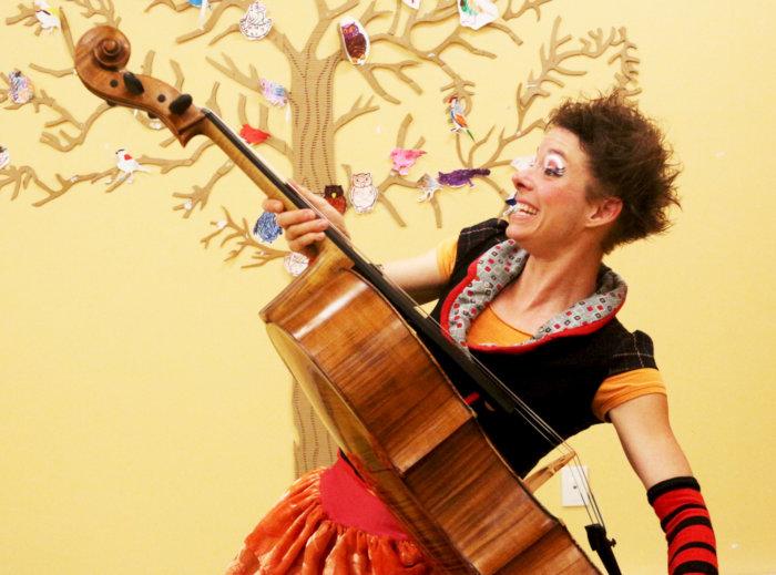 Fredoline au violoncelle (4 à 8 ans)